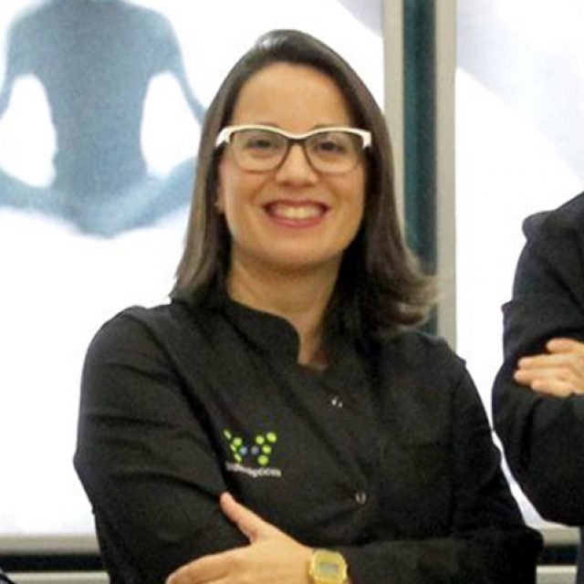 """Ana I. Conchillo: """"El trabajo interdisciplinar en Optometría es esencial. Sobre todo me apoyo de fisioterapeutas, fundamentales para preparar la estructura con la que nosotros trabajaremos luego"""""""
