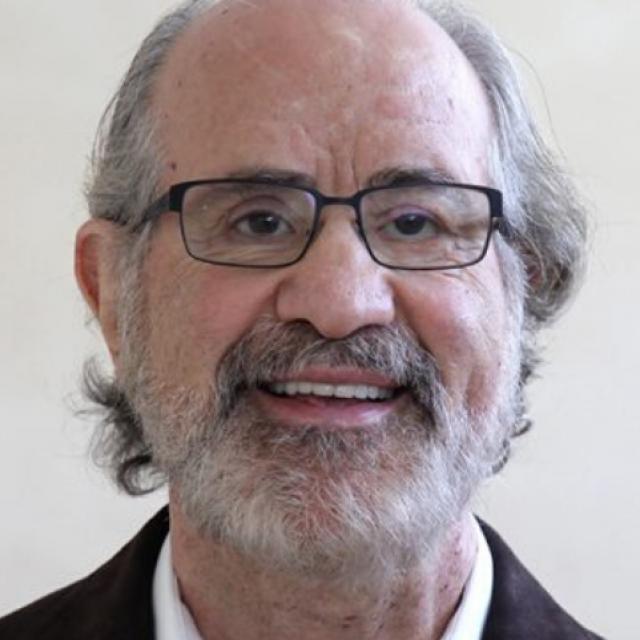 Dr. Robert Sanet: «Cuando trabajas con un deportista en concreto, puedes diseñar procedimientos de terapia visual únicos e individualizados para abordar sus habilidades y necesidades visuales específicas.»