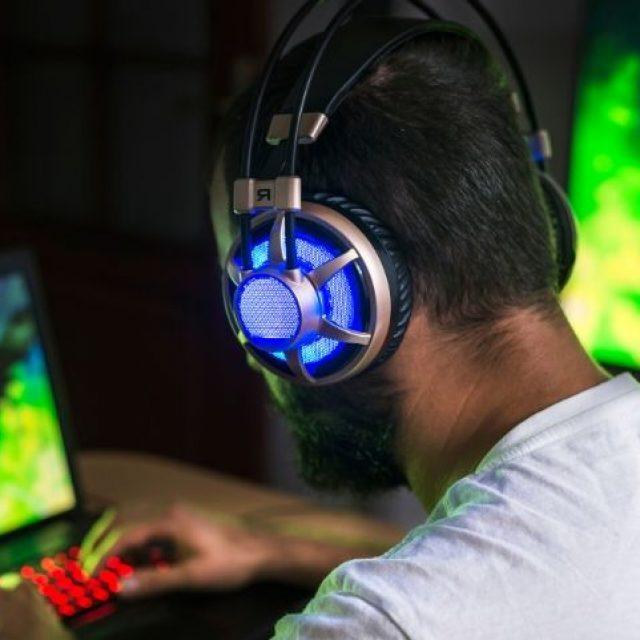 Los videojuegos mejoran la atención visual de los jugadores expertos
