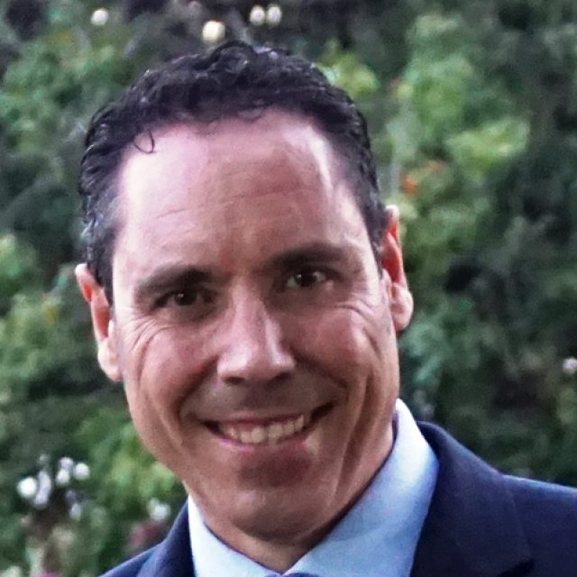 Joan Pérez: la ortoqueratología para frenar el crecimiento de la miopía