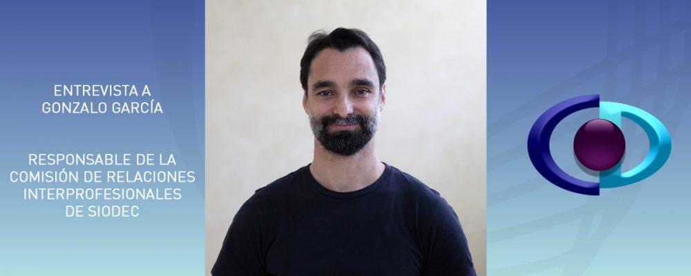 Gonzalo García: «Cada vez más profesionales contactan con optometristas comportamentales para derivarnos a sus pacientes al descubrir que la visión puede influir en su trabajo»